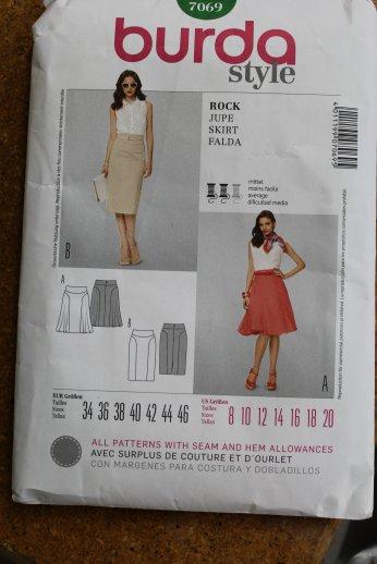 Burda Skirt 7069